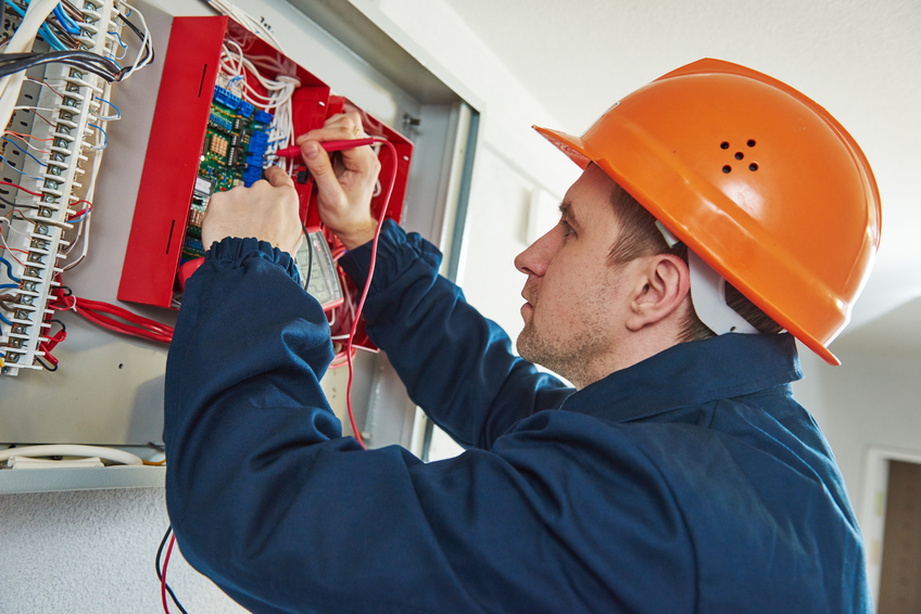 Five Things to Consider When Choosing an Electrical Contractor